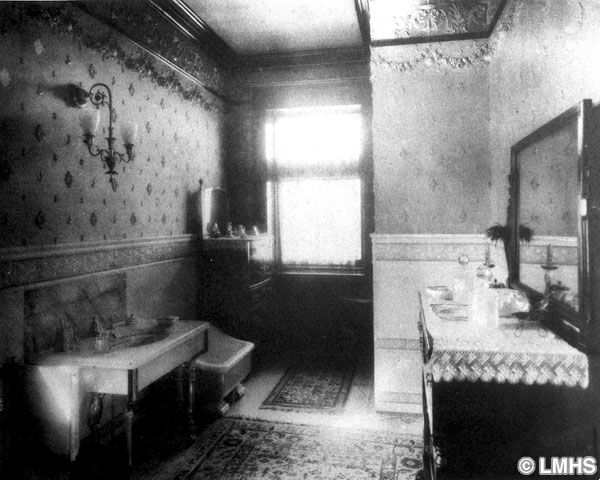 Tadelakt tradizionale storia dei bagni d epoca for La casa tradizionale progetta una storia