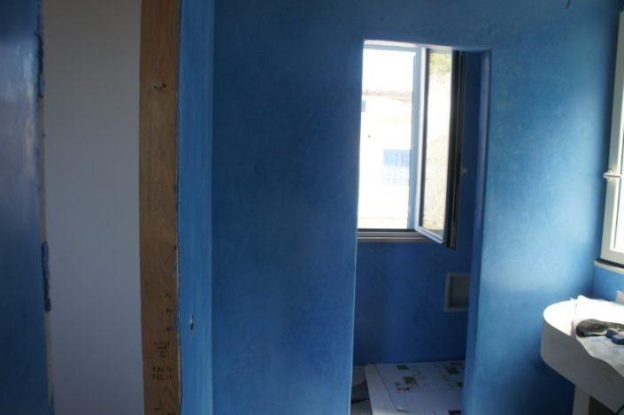 Realizzazione pareti in Blu oltremare