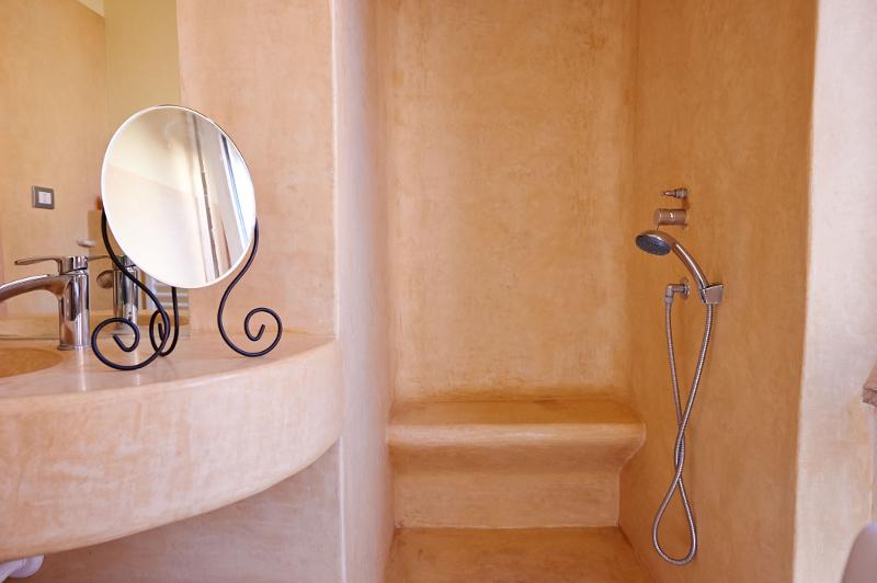 Tadelakt tradizionale tadelakt: per un bagno moderno senza piastrelle