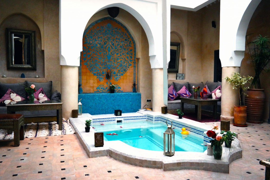 Riad Papillion piscina centrale