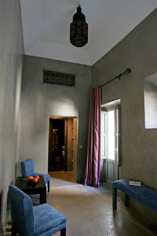 corridoio in tadelakt grigio